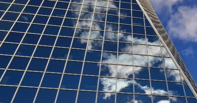 Window-800x419